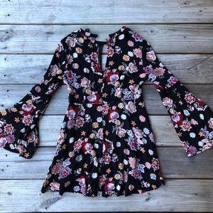 Forever 21 Floral Bell Sleeve Dress